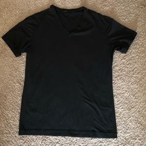 Lulu Lemon Mens cotton Vneck black tshirt